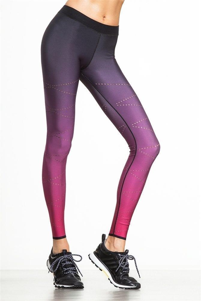 a31cf4416555 ULTRACOR Leggings High Silk Zig Zag Pixelate Leggings - Sexy Workout  Clothes Yoga Leggings