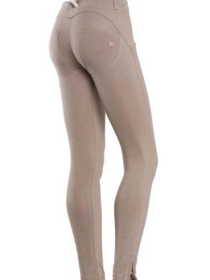 FREDDY WR.UP Shaping Effect – Low Waist – 7/8 Skinny Pants- Beige