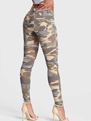 Freddy Camouflage WR.UP® Regular-Rise Super Skinny Trousers WRUP2RC007- Sand Camo